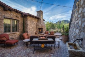 Silverleaf Scottsdale Luxury Custom Residence Spiral Architects Gene Kniaz Dining Courtyard